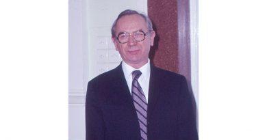 Dr. Gledura Lajos emlékére