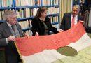 Hazatért a lyukas zászló