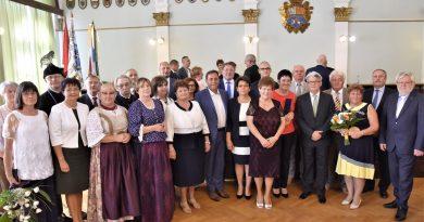 Megyei kitüntetések az államalapítás ünnepén